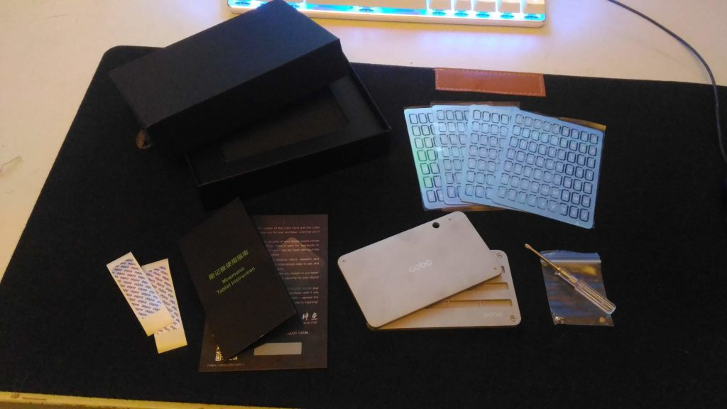 What's In The Box? - Cobo Tablet Review
